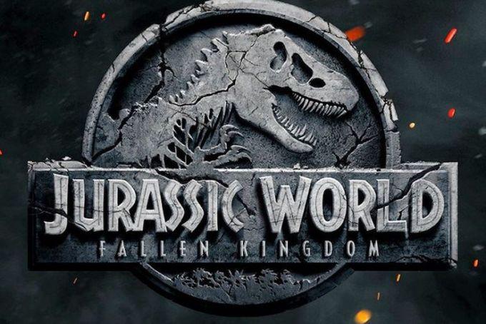 ジュラシック・ワールドシリーズの最新ロゴ画像