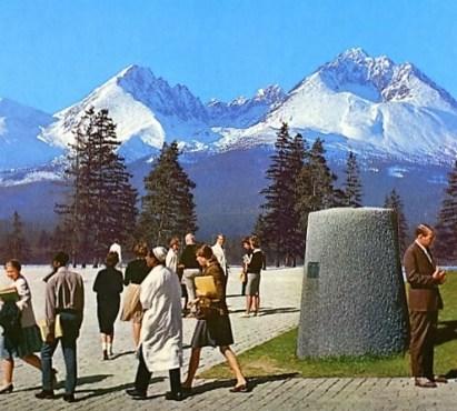Socialist Utopiae