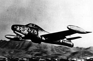 300px-F-84G