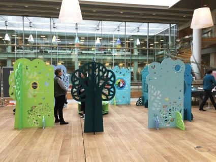 #biblioteksudstilling Kolding Bibliotek Fang Fortællingen design til børnebiblioteker #børnebiblioteker #designtilbørn designtegnestuen designtegnestue D-sign Tegnestuen