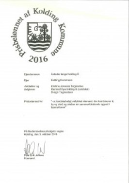 Kristine Jensens Tegnestue, Rambøll Byudvikling & Landskab, samt D-sign Tegnestuen er blevet prisbelønnet af Kolding Kommune for Å-stederne langs med Kolding Å.