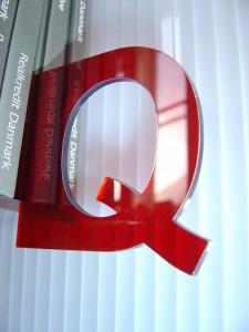 Q.rødt.stort