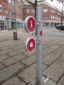 specialdesignet pullert giver spændende wayfinding i Kolding midtby - udført af D-sign Tegnestuen og designtegnestuen