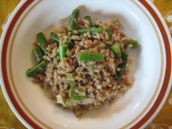 Farrotto with Asparagus