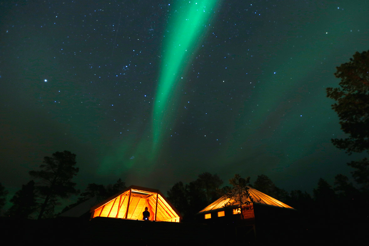 Best Times See Northern Lights Iceland