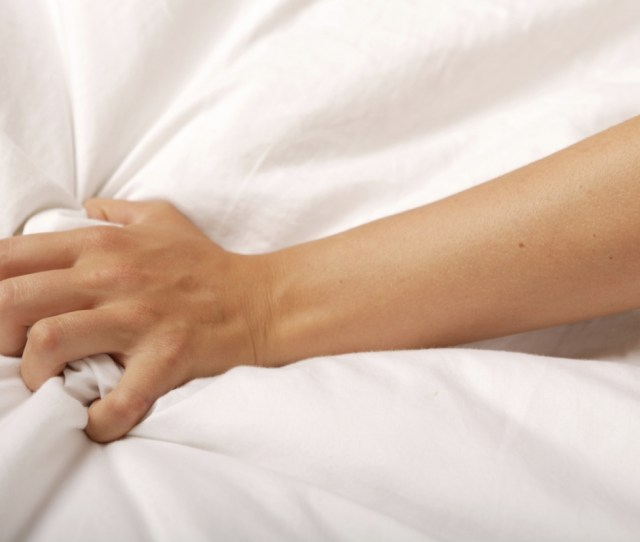 Grabbing The Sheets Male And Female Orgasms Are Surprisingly