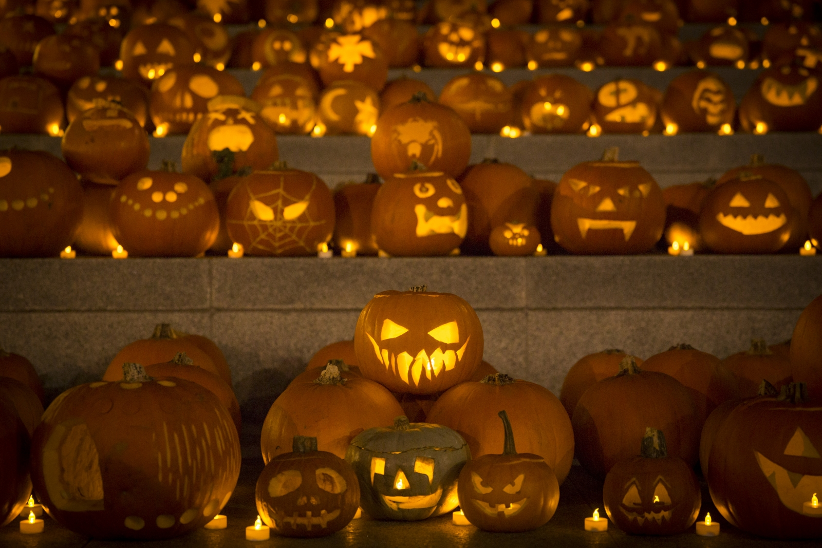 Halloween 2016 History Of Pumpkin Carving And Trick Or