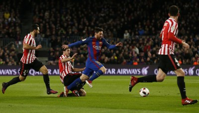 Lionel Messi contract renewal: Barcelona star's father ...