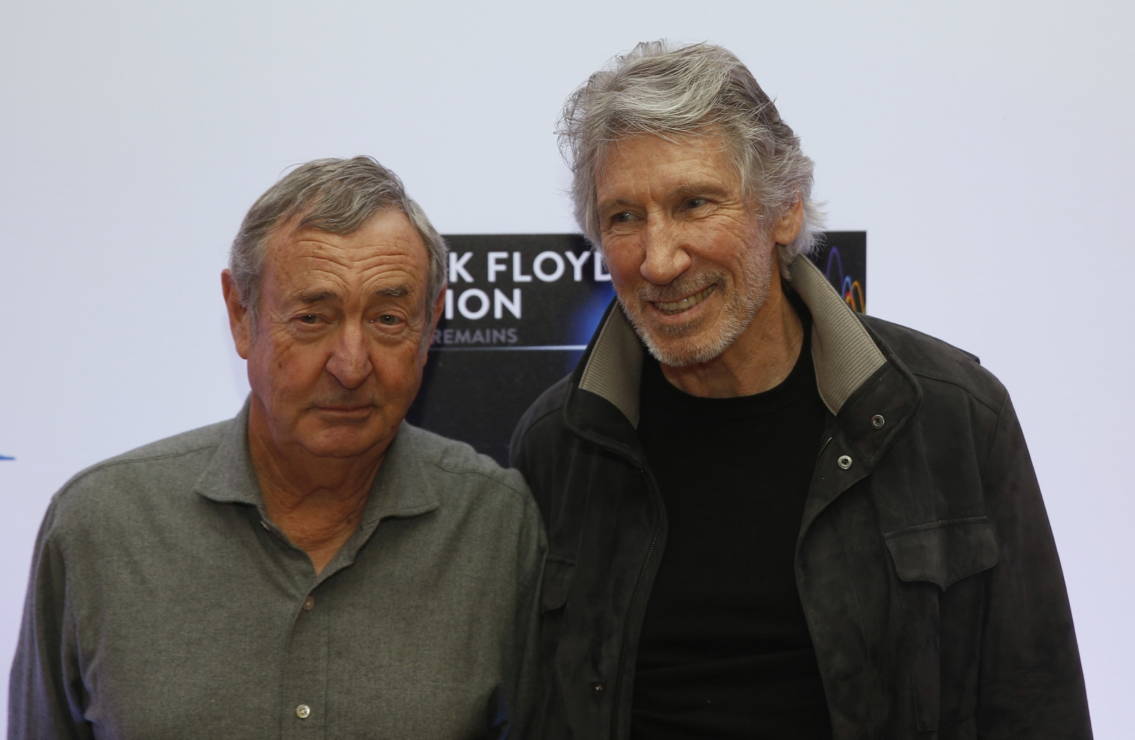 Pink Floyd Reuniting For Glastonbury Roger Waters And Nick Mason Tease Worthy Farm Performance