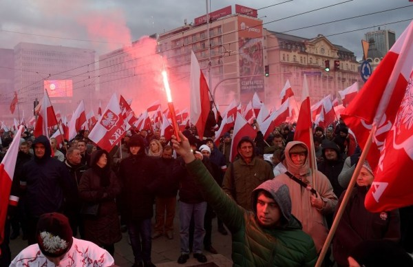 60,000 join far-right 'White Europe' march on Poland ...