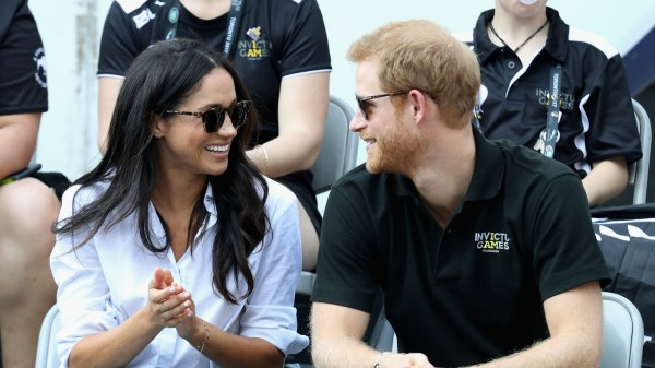 Twitter is sick of Prince Harry and Meghan Markle's ...