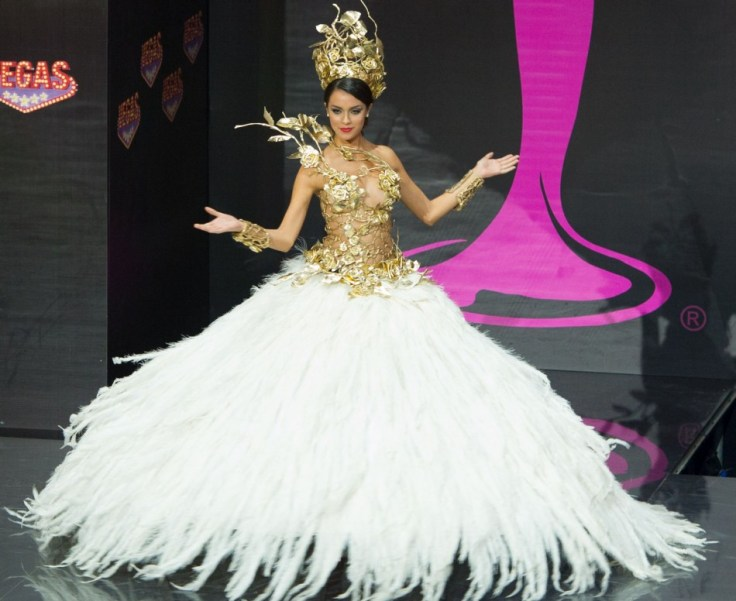 Miss Universe 2013 Contestants Dazzle In National