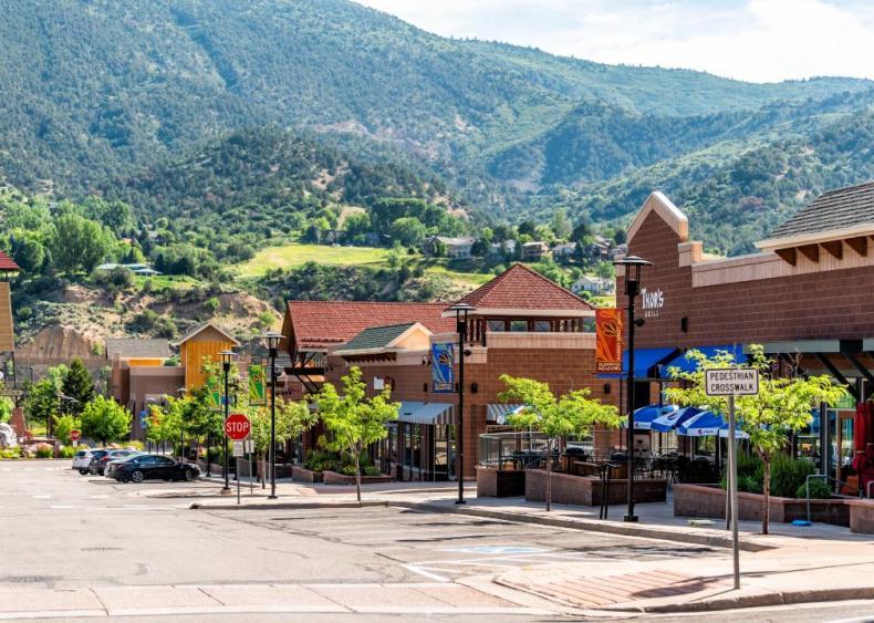 #22. Glenwood Springs, Colorado (tie)