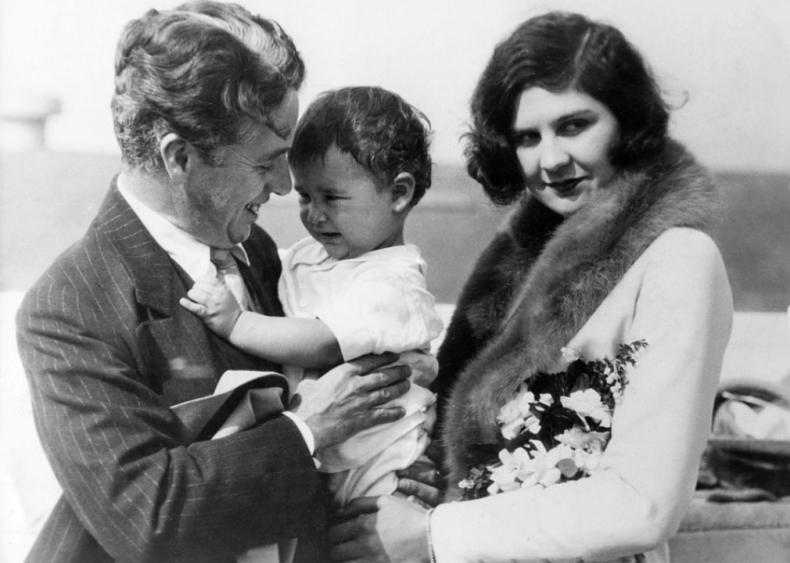 1924: Marrying 16-year-old actress Lita Grey