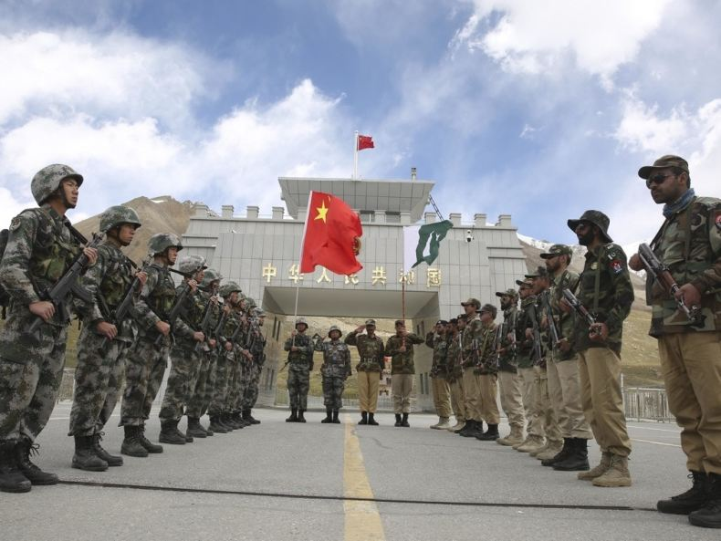 Chinese, and, Pakistan, troops, joint, border, patrol
