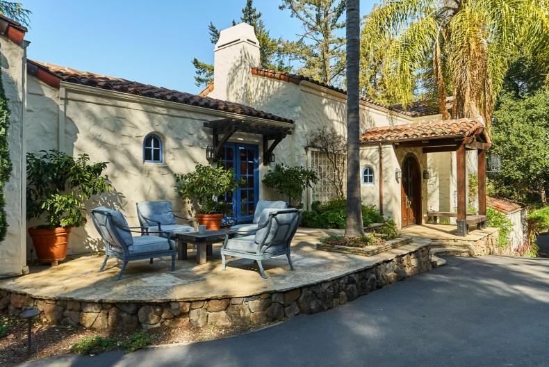 Los Altos Hills, California, 94022