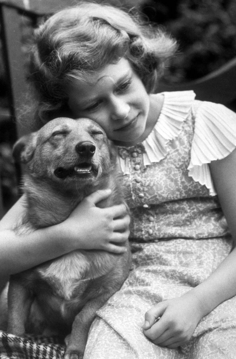 Queen Elizabeth as Child With Dog