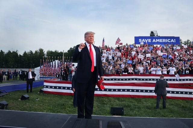 Trump speaks Sarasota rally Florida