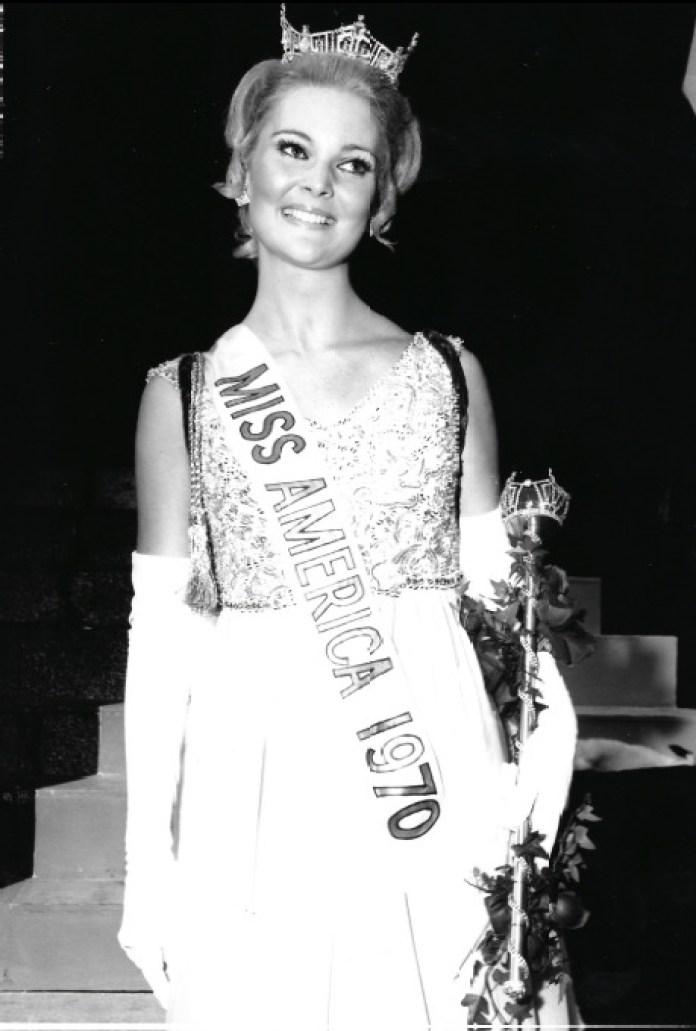 Pam Eldred as Miss America 1970