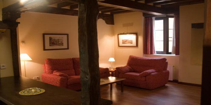 Casas rurales y apartamentos en potes. Apartamentos Villa De Potes en Potes   Destinia