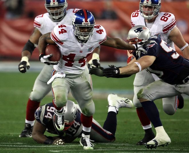 Ahmad Bradshaw may be the lightning to Brandon Jacobs thunder in 09-10