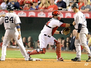 One of two blown calls by Tim Mccllellan in ALCS game 4