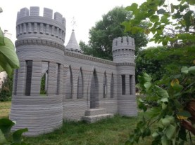 world-first-3d-printed-concrete-castle-22
