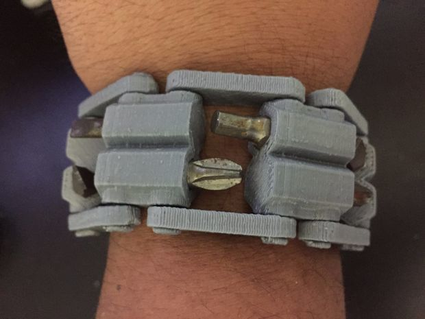3dprinted-tool-wristband_04