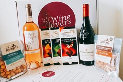 Wine-Lovers-Box