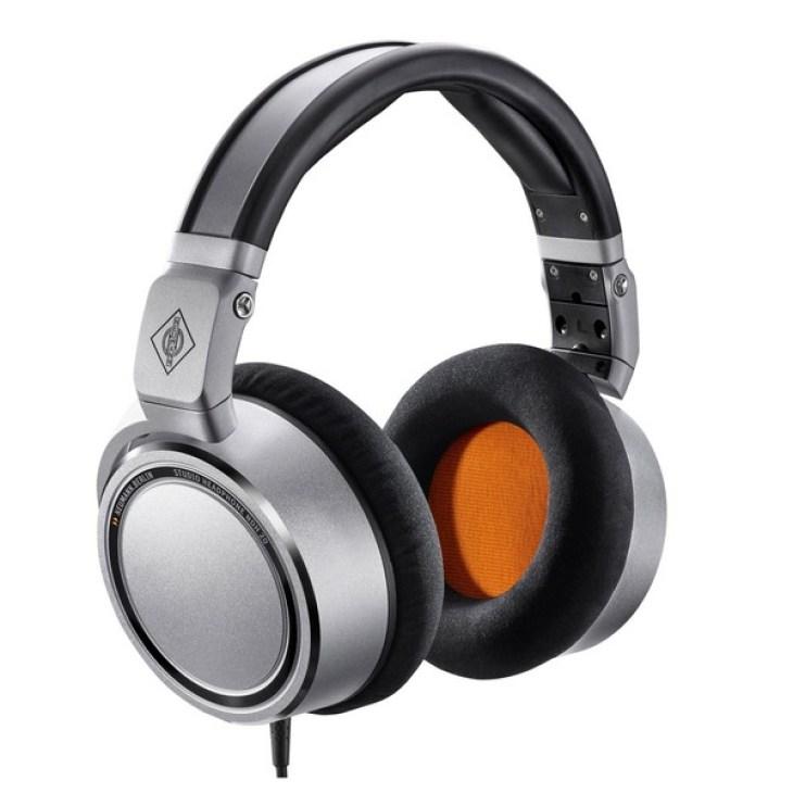 Neumann NDH 20 Closed Back Headphones at Gear4music