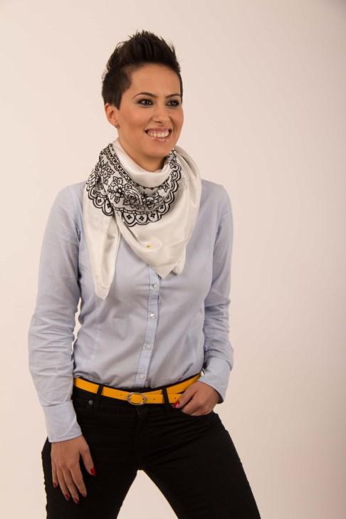 Adela Muster Designer Schal kaufen social fashion tragen