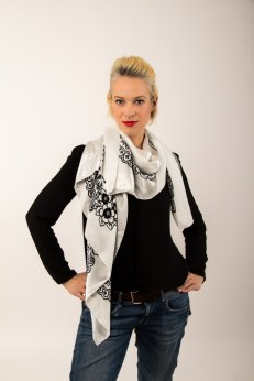 Adela Designer Schal kaufen social fashion tragen Gina
