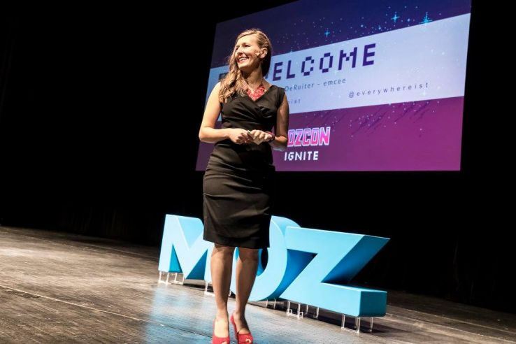 If Youre Attending MozCon 2017, You Should Definitely Pitch to be an Ignite Speaker