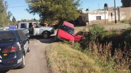 Alvear: un narco intentó escapar a alta velocidad y terminó dentro de un desagüe