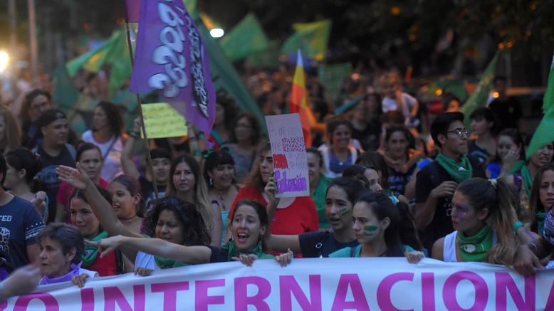 La Vía Violeta colmará de mujeres las calles del Centro mendocino