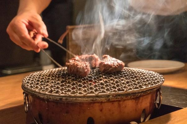 「1人焼き肉」の画像検索結果