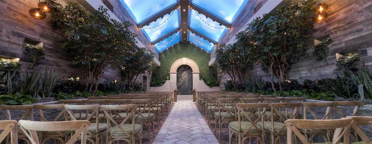 Glass Gardens Wedding Chapel In Las Vegas :: Chapel Of The