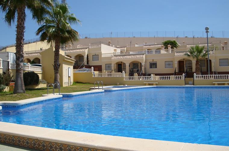 Holiday Bungalow For Rent In Algorfa Arco Mediterrano
