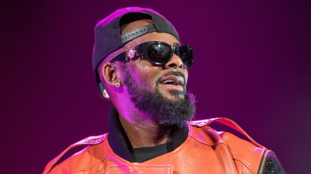 Georgia official calls for investigation of alleged R. Kelly 'cult'
