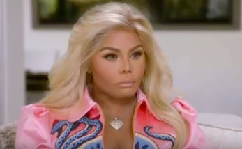 Lil Kim connects with 'soulmate' Notorious B.I.G. on 'Hollywood Medium'