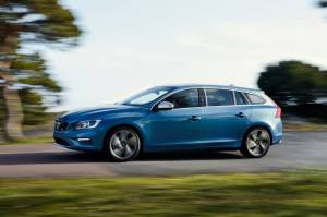 Volvo V60 D5 Twin Engine review   Car review   RAC Drive