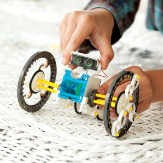 deluxe eco robotics - cheap robots for kids