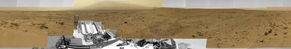 """Billion-Pixel View From Curiosity en Rocknest, color crudo.  Este punto de vista de círculo completo combina casi 900 imágenes tomadas por el Curiosity rover marciano de la NASA, generando un panorama con 1,3 millones de píxeles de la versión completa resolución.  La vista está centrada hacia el sur, con el norte en ambos extremos.  Demuestra curiosidad en el sitio """"Rocknest"""", donde el rover recogió muestras de polvo transportado por el viento y la arena.  Curiosity utiliza tres cámaras para tomar las imágenes de componentes en varios días diferentes entre 05 de octubre y 16 de noviembre 2012.  Crédito: NASA / JPL-Caltech / MSSS"""