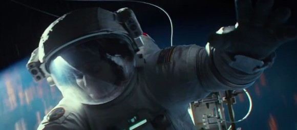 """El último trailer de """"Gravity"""", muestra la intensidad de un accidente en órbita.  (© Warner Bros. Productions)"""