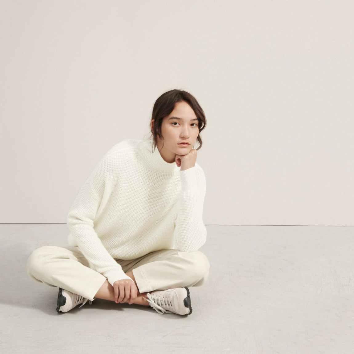 everlane, everlane knit, waffle knit sweater, knit sweater, trutleneck, sweater, white knit sweater, denimblog, denim blog