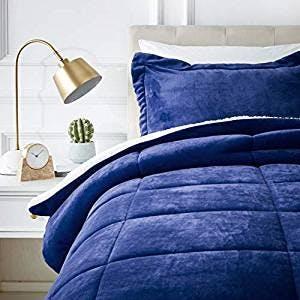 Amazon Basics, Micromink Sherpa Comforter