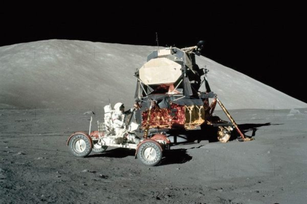 Private moon mission plans to revisit Apollo 17 landing