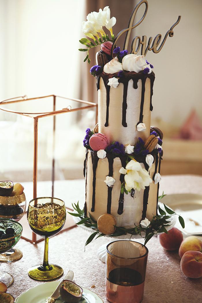 Rosewood Cakes drip cake