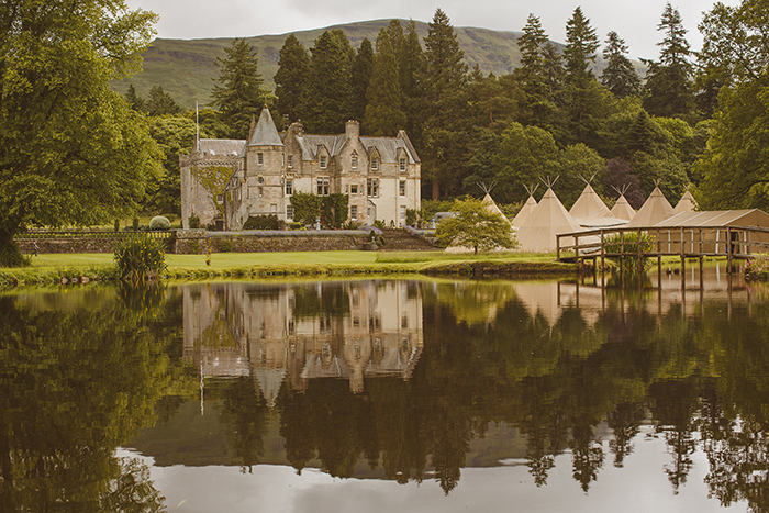 Scottish wedding venues by the water - PapaKata