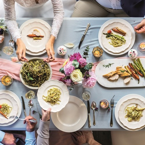 sharing style wedding food